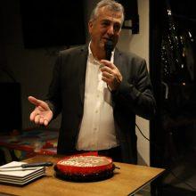 kozan.gr: Την πρωτοχρονιάτικη πίτα του έκοψε, το βράδυ της Παρασκευής 31/1, ο συνδυασμός «Μετάβαση για το Δήμο Κοζάνης», του Κυριάκου Μιχαηλίδη (Βίντεο 5′ & 40 Φωτογραφίες)
