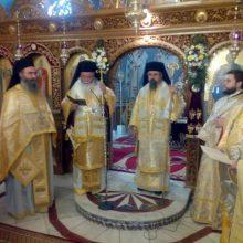 Tο ετήσιο μνημόσυνο του Σεβασμιοτάτου πρώην Μητροπολίτου Καρπενησίου κυρού Νικολάου Δρόσου και το δεκαετές μνημόσυνο του Πανοσιολογιοτάτου Αρχιμανδρίτου Ιωσήφ Τζάλλα τέλεσε η Εκκλησία των Σερβίων