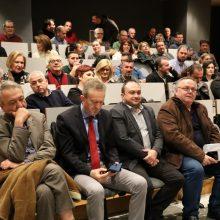kozan.gr: Κοζάνη: Πολύς κόσμος στην παρουσίαση του βιβλίου «Η τελευταία μπλόφα. Το παρασκήνιο του 2015. Οι συγκρούσεις. Το plan B», που πραγματοποιήθηκε το απόγευμα της Τρίτης 4/2 στο Αμφιθέατρο της Κοβενταρείου Δημοτικής Βιβλιοθήκης Κοζάνης  (33 Φωτογραφίες & Βίντεο 10′ σε HD ποιότητα )