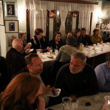 "kozan.gr: Την πρωτοχρονιάτικη πίτα του έκοψε, στο στέκι του συλλόγου, το βράδυ της Κυριακής 16/2, ο πολιτιστικός σύλλογος Σκ'ρκας – Oι ""προειδοποιήσεις"" του Προέδρου του Φανού Λ. Κουζιάκη στην Αντιδήμαρχο Πολιτισμού Ε. Κοϋμτζίδου σχετικά με το φλουρί  (Φωτογραφίες & Βίντεο)"