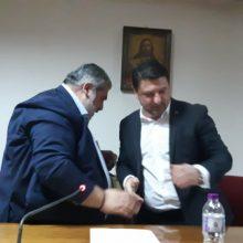 "kozan.gr: Τη δημιουργία του Εθνικού Κέντρου Πολιτικής Προστασίας, στο χώρο της πρώην ΑΕΒΑΛ, ζήτησε ο Δήμαρχος Εορδαίας Π.Πλακεντάς από τον Γ.Γ. Πολιτικής Προστασίας Νίκο Χαρδαλιά – ""Δεν είμαι εδώ ούτε για να ανακοινώσω ούτε για να εξαγγείλω.  Είναι ένα πολύ ενδιαφέρον project και σαν Γραμματεία Πολιτικής Προστασίας πραγματικά μας ενδιαφέρει"", απάντησε ο τελευταίος (Φωτογραφίες & Βίντεο)"
