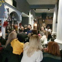 kozan.gr: Μεσημέρι Τσικνοπέμπτης στο cafe – bar Le Roi στην Κοζάνη (Βίντεο & Φωτογραφίες)