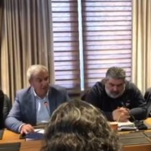 "kozan.gr: Γ. Καραβασίλης στην ειδική συνεδρίαση της ΠΕΔ Δ. Μακεδονίας για την απολιγνιτοποίηση: ""Διαφωνώ με την πρόταση του Γ. Δασταμάνη – Υπάρχει μια διάσταση απόψεων. Σε άλλη κατεύθυνση η Περιφέρεια, σε άλλη κατεύθυνση κινούνται οι ενεργειακοί δήμοι"" (Βίντεο)"