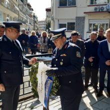 kozan.gr: Πτολεμαΐδα: Tελέστηκε, το μεσημέρι του Σαββάτου 22/2, τρισάγιο στο μνημείο πεσόντων Αστυνομικών (Φωτογραφίες & Βίντεο)