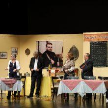 """kozan.gr: Κοζάνη: Γεμάτη η Αίθουσα Τέχνης, το βράδυ του Σαββάτου 22/2, για τη θεατρική παράσταση """"Γκουρμέ ή Κιφτέδες;"""" από τους Κασμιρτζήδες  (Φωτογραφίες & Βίντεο)"""