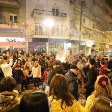 kozan.gr: Πολύς κόσμος κι ωραίο κέφι στο άναμμα & γλέντι του Φανού  Αριστοτέλης, το βράδυ της Τετάρτης 26 Φεβρουαρίου (Βίντεο 6′ σε HD ποιότητα & 25 Φωτογραφίες)