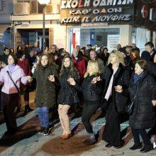 kozan.gr: To γλέντι του λαογραφικού ομίλου Κοζάνης «Φίλοι της παράδοσης», το βράδυ της Τετάρτης 26/2, στην πλατεία Λασσάνη (Βίντεο 7′ σε HD ποιότητα & 24 Φωτογραφίες)