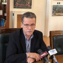 "kozan.gr: H σημερινή, μεσημεριανή δήλωση του Δημάρχου Κοζάνης Λ. Μαλούτα, στα τοπικά ΜΜΕ για την ακύρωση των αποκριάτικων εκδηλώσεων: ""Υπάρχει μια συνεννόηση από τους Δήμους, που διοργανώνουμε αποκριάτικες εκδηλώσεις, να ζητήσουμε μια έξτρα χρηματοδότηση, όχι ως αποζημίωση, αλλά για να διοργανώσουμε άλλου είδους εκδηλώσεις"" (Βίντεο 6′)"