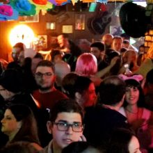 kozan.gr: Aποκριάτικο ξεφάντωμα και στο Chorus RockBar στην Κοζάνη, το βράδυ του Σαββάτου 29/2 (Βίντεο σε HD ποιότητα)