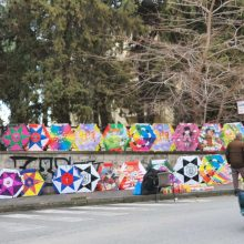 Kozan.gr: Κοζάνη: Οι φωτογραφίες της ημέρας με διάφορα σημεία πώλησης χαρταετών από πλανόδιους