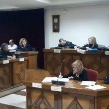 "kozan.gr: Τα ""έψαλλε"" στον Πρόεδρο του Δημοτικού Συμβουλίου Εορδαίας Ιωάννη Χαρακτσή, η επικεφαλής της μείζονος αντιπολίτευσης Αθηνά Τερζοπούλου (Βίντεο)"