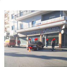 kozan.gr: Κοζάνη: Πλαγιομετωπική σύγκρουση δύο οχημάτων στην Πλατεία Συντάγματος, ευτυχώς, μόνο, με υλικές ζημιές (Φωτογραφίες)