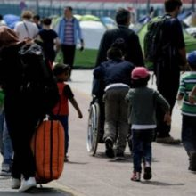 kozan.gr: 64 πρόσφυγες – μετανάστες, Σομαλοί στην πλειοψηφία τους, αφίχθησαν σε ξενοδοχειακή μονάδα της Αιανής – Θα μείνουν 14 μέρες προληπτικά σε καραντίνα – Ο χώρος θα επιτηρείται από την ελληνική αστυνομία ώστε να διασφαλιστεί η τήρηση των μέτρων της καραντίνας