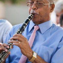 kozan.gr: Πιο φτωχή από σήμερα η μουσική παράδοση του Βοΐου – Έφυγε από την ζωή ο Γιάννης Τσακνάκης