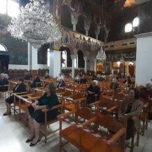kozan.gr: Πτολεμαίδα: Πρώτη Κυριακή, με τον προβλεπόμενο αριθμό πιστών και τα κατάλληλα μέτρα προστασίας, στην Αγία Τριάδα,  μετά από πολύ καιρό  (Bίντεο & Φωτογραφίες)
