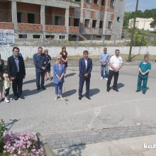 Στην ετήσια αρτοκλασία των Αγίων Κωνσταντίνου και Ελένης που τελέστηκε στο παρεκκλήσι του Νοσοκομείου ο Δήμαρχος Γρεβενών  Γιώργος Δασταμάνης