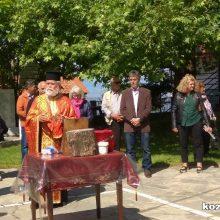 Πραγματοποιήθηκε (30-5-2020) έστω και με καθυστέρηση, η πανήγυρη  του ι. Εξωκλησιού Αγίου Αθανασίου Αγίας Κυριακής (Σκούλιαρης)  της Ιεράς Μητροπόλεως Σερβίων και Κοζάνης.  (του παπαδάσκαλου Κωνσταντίνου Ι. Κώστα)