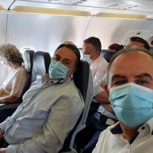 Η φωτογραφία και το σχόλιο του Προέδρου της ΓΕΝΟΠ/ΔΕΗ μέσα από το αεροπλάνο σε πτήση για Ηράκλειο