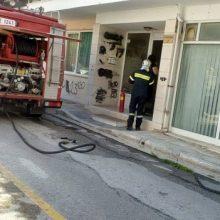 kozan.gr: Καπνοί, πιθανότατα από μαγειρικό σκεύος, σε διαμέρισμα επί της οδού Παρακειμένου στην Κοζάνη (Φωτογραφίες & Βίντεο)