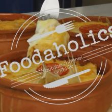 To Foodaholics.gr προτείνει διαφορετικό  μουσακά στο πήλινο χωρίς μπεσαμέλ