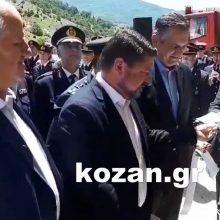 kozan.gr:  Πραγματοποιήθηκαν το μεσημέρι της Κυριακής 14/6, από τον Υφυπουργό Πολιτικής Προστασίας και Διαχείρισης Κρίσεων Νικόλαο Χαρδαλιά τα εγκαίνια του Εποχικού Πυροσβεστικού Κλιμακίου στις Πρέσπες (Βίντεο & Φωτογραφίες)