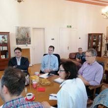 Σε εξέλιξη η συνάντηση Μουσουρούλη -Μαλούτα για τη Δίκαιη Μετάβαση (Φωτογραφίες)