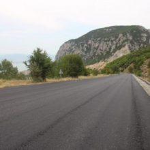 Σε εξέλιξη βρίσκεται το έργο «Αναβάθμισης της οδικής ασφάλειας σε τμήματα του οδικού δικτύου Ρυμνίου – Τριγωνικού» (Φωτογραφίες)