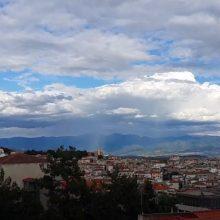 Όμορφο time-lapse βίντεο με σύννεφα πάνω από την πόλη της Κοζάνης (Βίντεο)