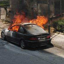 kozan.gr: Πτολεμαίδα: Aυτοκίνητο, πιθανότατα, μετά από βραχυκύκλωμα, τυλίχθηκε στις φλόγες (Βίντεο & Φωτογραφίες)