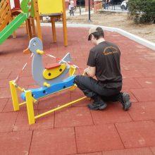 kozan.gr: Πτολεμαΐδα: Η Δημοτική Αστυνομία έκλεισε τη παιδική χαρά στο παλαιό πάρκο, γιατί έκαναν χρήση της οι γονείς και τα παιδιά χωρίς να έχουν ολοκληρωθεί οι εργασίες (Φωτογραφίες)