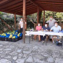 Με επιτυχία πραγματοποιήθηκε η 4η διανομή τροφίμων στα Σέρβια στο πλαίσιο του προγράμματος ΤΕΒΑ