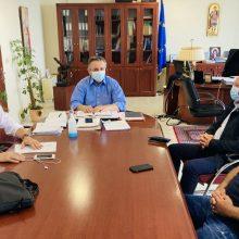 """Συνάντηση με τον Περιφερειάρχη Δυτικής Μακεδονίας Γιώργο Κασαπίδη, στην Περιφέρεια, είχαν μέλη αντιπροσωπείας της προσωρινής διοικούσας της Α.Ε.Π. Κοζάνης – """"Πρέπει να υπάρξει ένα στρατηγικό σχέδιο, ένας σοβαρός προγραμματισμός για τον εκσυγχρονισμό των αθλητικών μας εγκαταστάσεων"""", δήλωσε ο Περιφερειάρχης"""