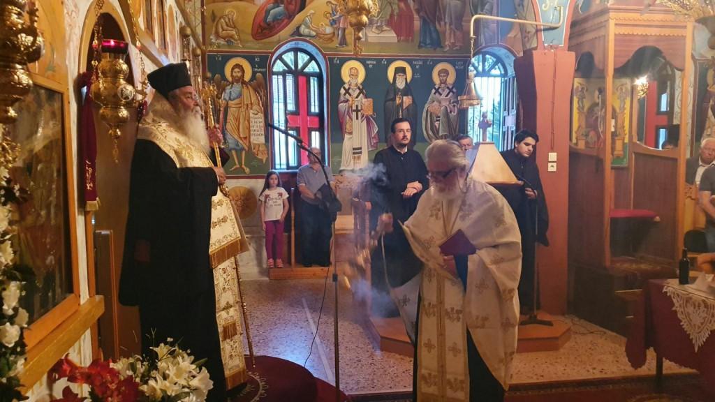 Τελέστηκε η Αρχιερατική Παράκληση στην ορεινή Αγία Κυριακή  (Σκούλιαρη), της Ιεράς Μητροπόλεως Σερβίων και Κοζάνης (του παπαδάσκαλου Κωνσταντίνου Ι. Κώστα)