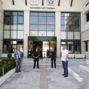 Με την Ένωση Αστυνομικών Υπαλλήλων Koζάνης συναντήθηκε, σήμερα Τρίτη 18/8, ο βουλευτής της ΝΔ Γ. Αμανατίδης (Φωτογραφία)