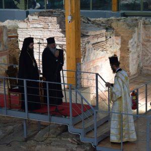 Ενημερωτικά στοιχεία για τον  Επισκοπικό ναό Σισανίου στον οποίο τελέσθηκε Ιερά Παράκληση της Παναγίας 500 περίπου χρόνια από την καταστροφή του