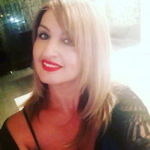 "kozan.gr: Η Πέρη Κύρου, εργαζόμενη και μητέρα δυο παιδιών, πέρασε"" στο Εθνικό Καποδιστριακό Πανεπιστήμιο Αθηνών και στη σχολή ""Πολιτικές επιστήμες και Δημόσια Διοίκηση"" (Bίντεο)"