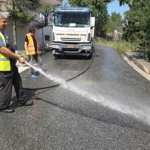 Στους δρόμους οι υδροφόρες του Δήμου Γρεβενών – Ξεκίνησαν από σήμερα εντατικές εργασίες καθαρισμού όλης της πόλης