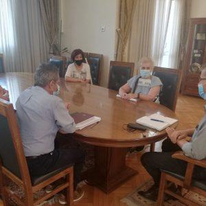 Δήμος Κοζάνης: Κοινός αγώνας αυτοδιοίκησης και εργαζομένων για ενίσχυση της καθαριότητας των σχολικών μονάδων και βελτίωση των συνθηκών εργασίας