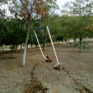 Αναρράχη Εορδαίας: Ξήλωσαν το μονόζυγο του Φυσιολατρικού Συλλόγου Αναρράχης που αποτελεί τμήμα της παιδικής χαράς (Φωτογραφία)