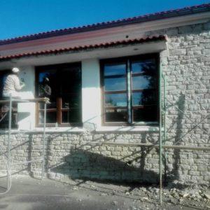 Δήμος Βοΐου: Εργασίες ανακατασκευής στο παλαιό Δημοτικό Σχολείο Μόρφης