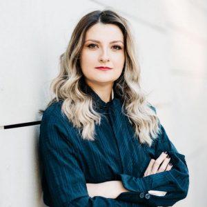 kozan.gr: Χύτρα ειδήσεων: Η Δήμητρα Τσότσιου – Τσάγια ένα από τα πρόσωπα που συγκεντρώνει αρκετές πιθανότητες ν' αναλάβει την Προεδρία στην Κοβεντάρειο Δημοτική Βιβλιοθήκη Κοζάνης