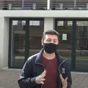 Ο YouTuber Τόλης Τσιρούδης στέλνει μήνυμα στους νέους να προστατεύσουν τις ευπαθείς ομάδες (Bίντεο)