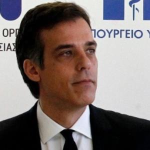 "kozan.gr: Μήνυση κατά της εφημερίδας «Δημοκρατία» για άρθρο που έφερε τον τίτλο ""Αδιανόητα εγκλήματα του ΕΟΔΥ και στην Κοζάνη"" κατέθεσε χθες Πέμπτη 21/1 ο πρόεδρος του Εθνικού Οργανισμού Δημοσίας Υγείας (ΕΟΔΥ), Παναγιώτης Αρκουμανέας"