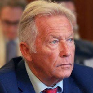 kozan.gr: Αποκλειστικό: Ειδικός σύμβουλος, του Δημάρχου Σερβίων, σε θέματα απολιγνιτοποίησης, ο πρώην Πρόεδρος και Διευθύνων Σύμβουλος της Ελληνικής Διαχειριστικής Εταιρείας Υδρογονανθράκων (ΕΔΕΥ) Γιάννης Μπασιάς – Έχει καταγωγή από Σέρβια & Βελβεντό