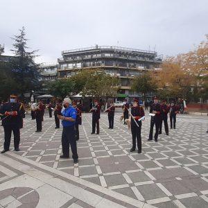 kozan.gr: Πτολεμαίδα: H τελετή έπαρσης της σημαίας, στην κεντρική πλατεία, από τη Φιλαρμονική του Δήμου Εορδαίας, για τον εορτασμό της 28ης Οκτωβρίου (Βίντεο)