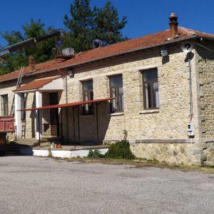 ΔΗΜΟΣ ΒΟΪΟΥ: Εργασίες Αποκατάστασης της Στέγης στο Παλαιό Δημοτικό Σχολείο Πλατανιάς