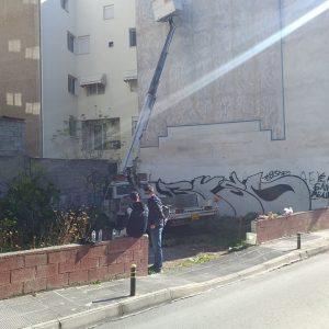 Koζάνη: O καλλιτέχνης Γιάννης Ζάμκος συνεχίζει στην πλατεία Λασσάνη και συγκεκριμένα στην οδό Κωστή Παλαμά, τη φιλοτέχνηση του δεύτερου έργου
