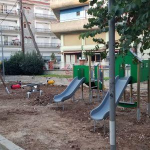Λ. Ιωαννίδης: Ξεκίνησαν οι εργασίες κατασκευής παιδικών χαρών σε πάρκο Αγίου Γεωργίου, στην οδό Πίνδου και σύντομα στο Δημοτικό Κήπο Κοζάνης (Φωτογραφίες)