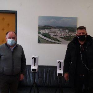 Ευχαριστήριο του Μποδοσάκειου για τη δωρεά δύο αυτόματων διανομέων αντισηπτικού με ενσωματωμένο ανέπαφο θερμόμετρο