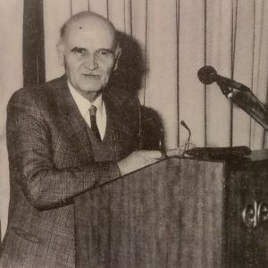 """15 χρόνια από το θάνατο τού Κωνσταντίνου Ε. Σιαμπανόπουλου (1923-2005): """"Δίδαξε δημιουργώντας αθάνατα έργα για την πατρίδα και την κοινωνία"""" (Γράφει η Βασιλική Ιωάννου Τσιτούρα)"""